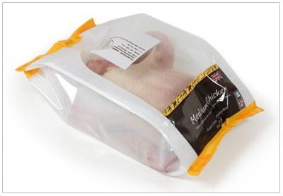 ULMA Packaging diseña un sistema para el empacado de pollo fresco