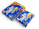 Empacado de rollos de galletas rellenas de chocolate en flow pack