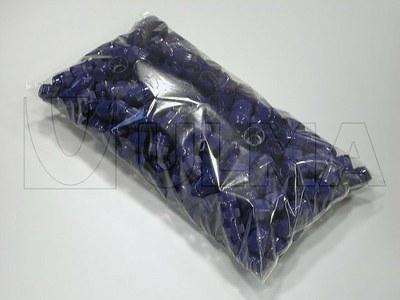 Empacado de tapones de plástico en bolsa almohadilla